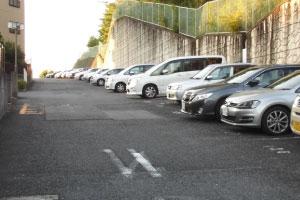 駐車場の日常清掃